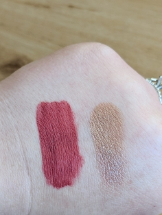 Berry Healthy and Rose Gold Swatch